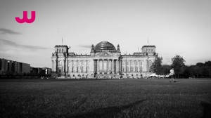 Berlin_4k_Reichstag_Totale