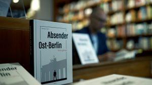 Lesung Buchhandlung Weltenleser - Absender Ost-Berlin Roman und Hörbuch von Thomas Pohl
