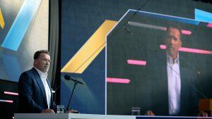 Arnold Schwarzenegger auf der Digital X Telekom - Department Studios Filmproduktion